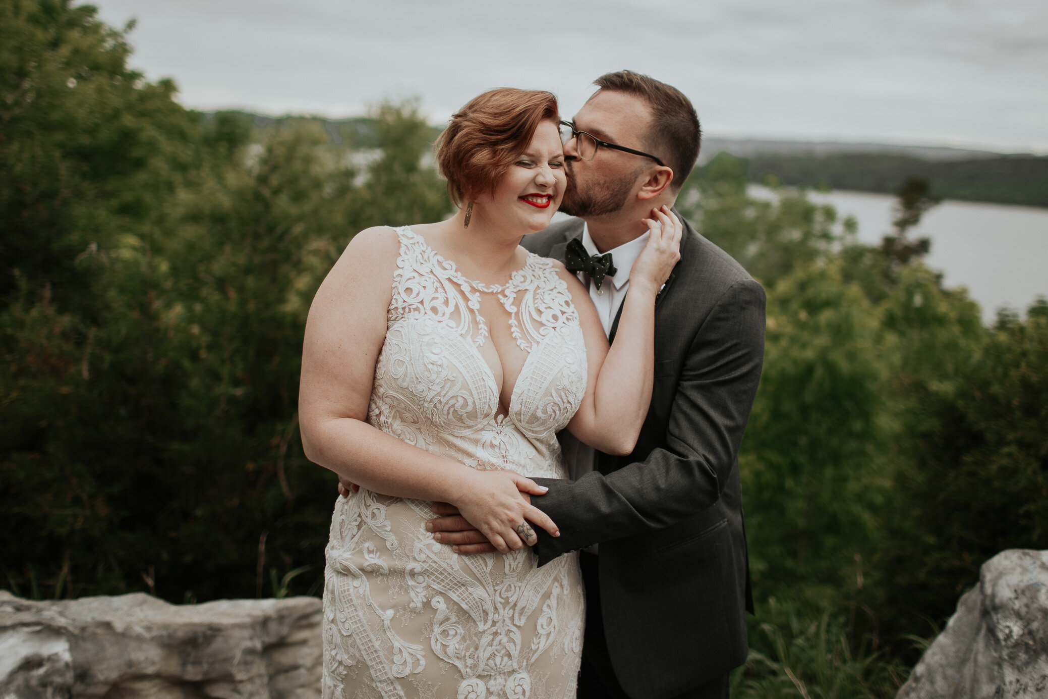 Wedding photography and elopement photography pricing info for the Astoria, Oregon area. Rates start at just $1,800.