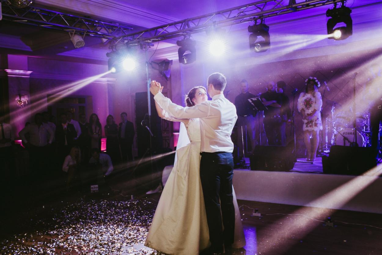Houston Wedding Lighting and Houston wedding bands.jpeg
