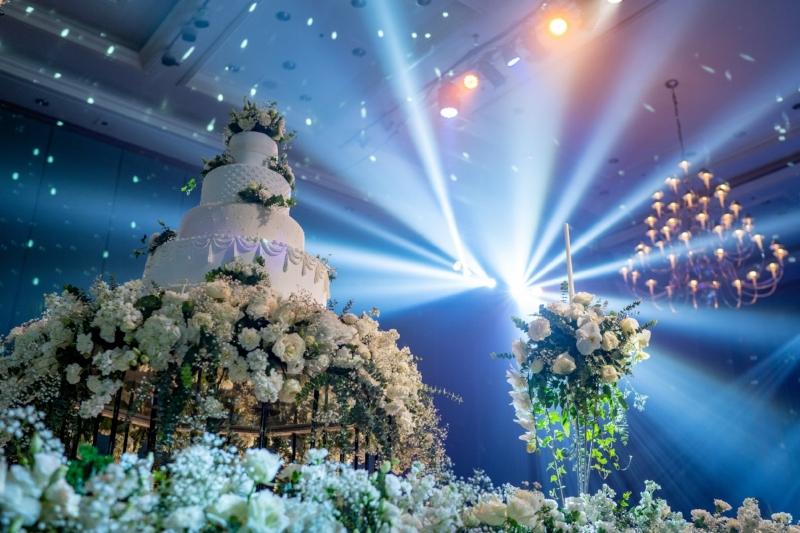 Houston Wedding DJ, Wedding Lighting, Limitless Lights and Sound