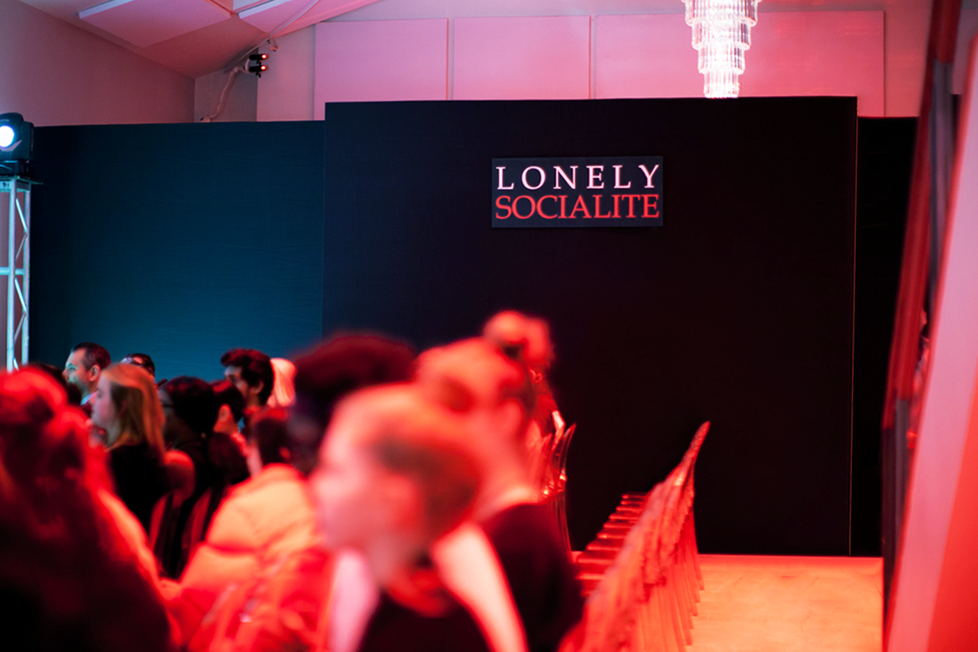 Lonely Socialite Walls.png