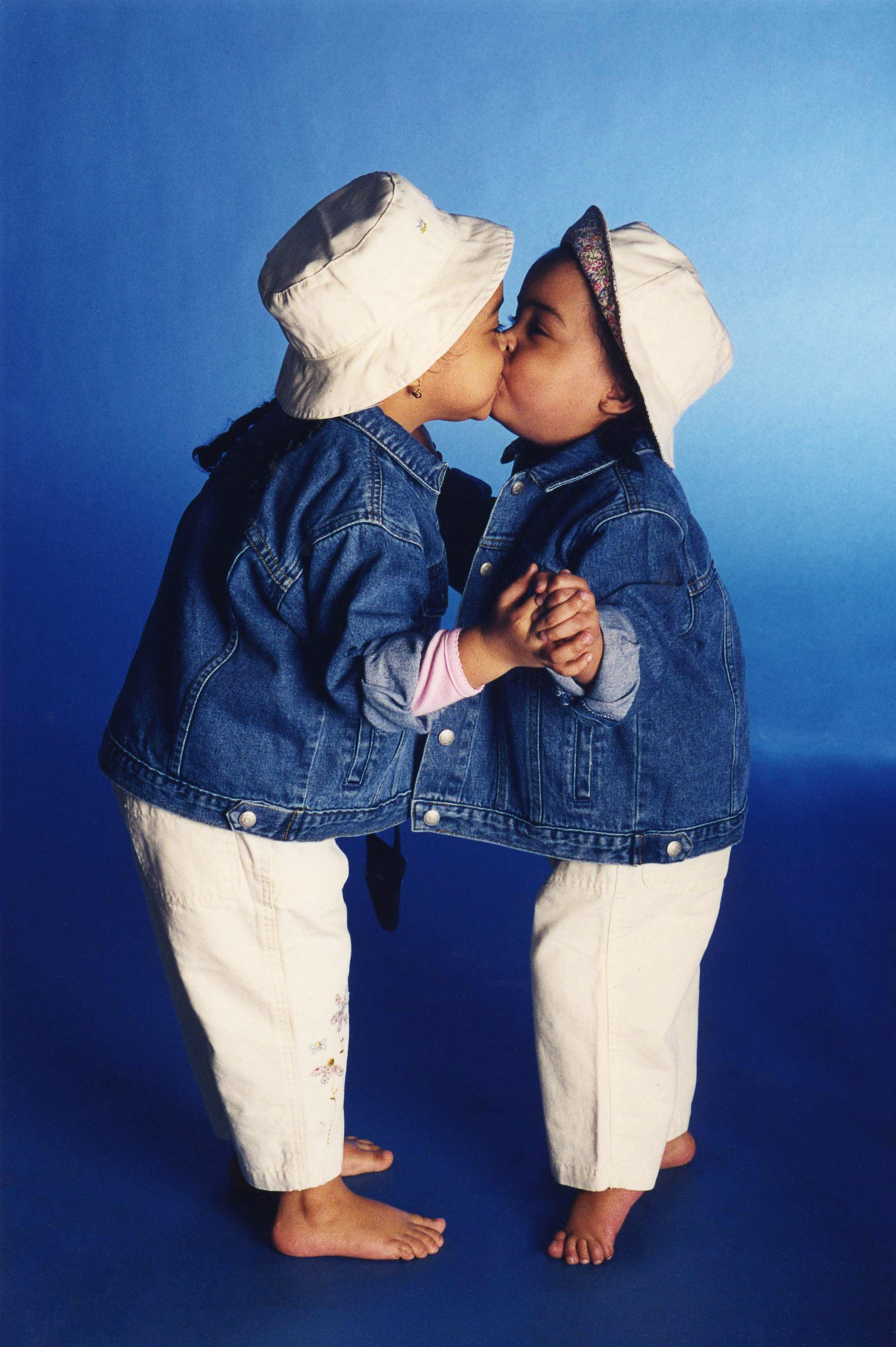 twins kiss.jpg