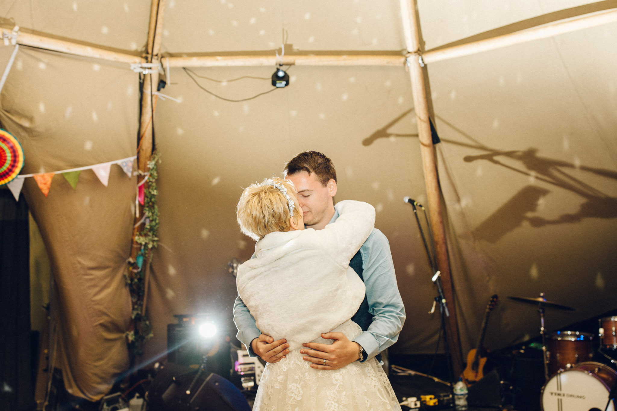 Tipi First Dance Alternative Wedding Photography - I Do The Country Wed, Quainton