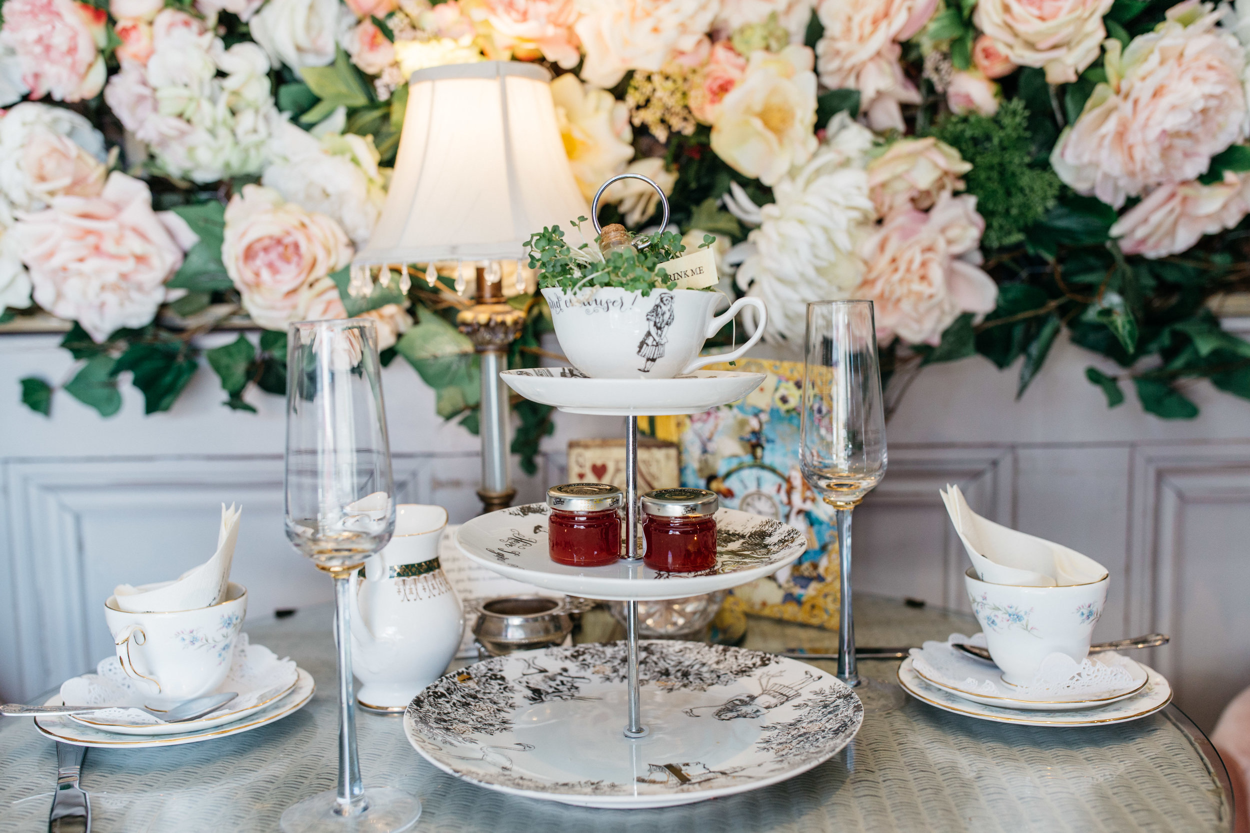 Alice-in-Wonderland-Afternoon-tea-Chloe-Lee-Photo