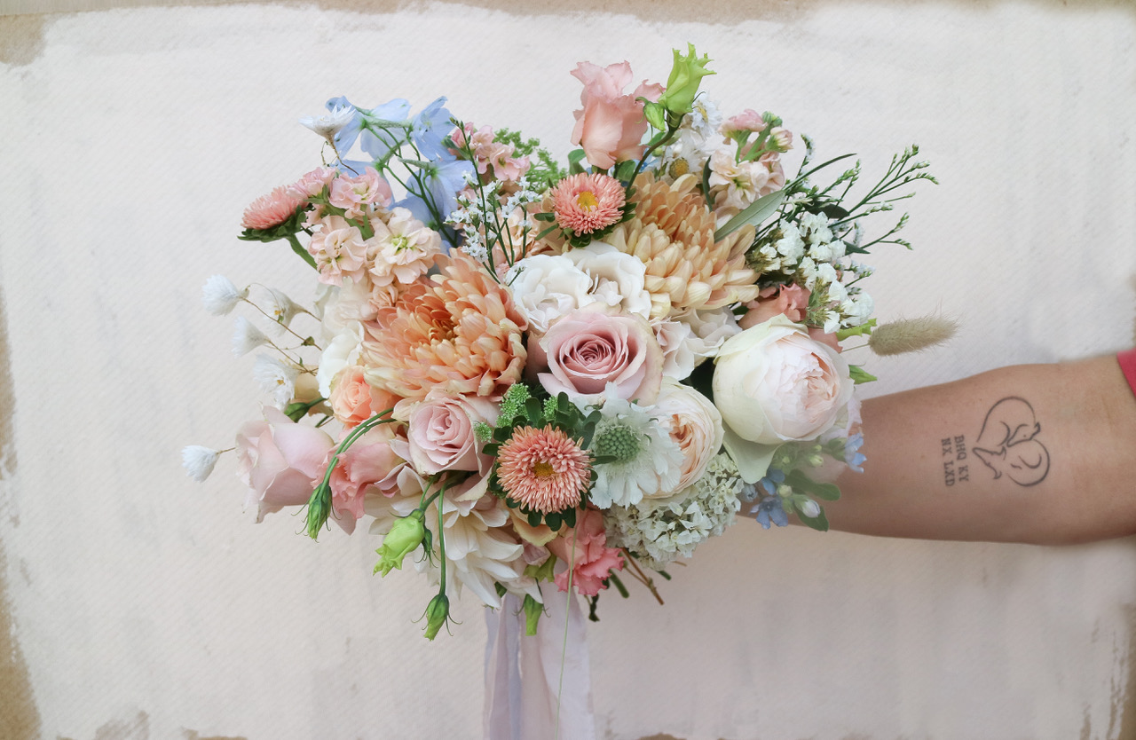 How to pick your wedding flowers / Guest blog for Chloe Lee Photo Alternative Wedding Photographer Kent