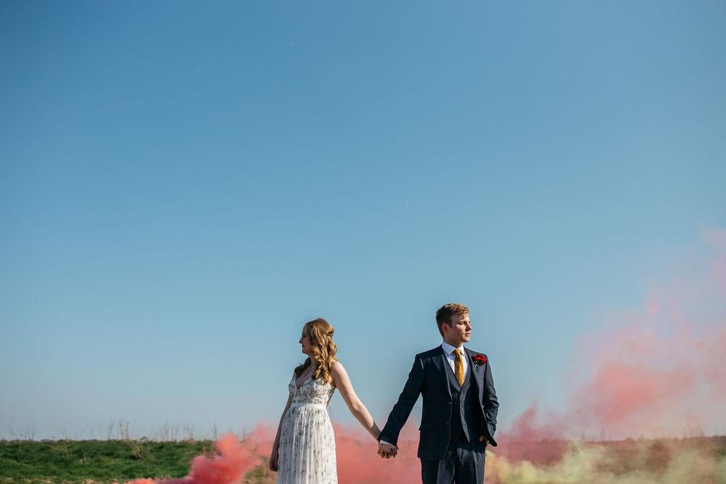Smoke Bomb Wedding Photo Ideas - Alternative Photography Chloe Lee Photo