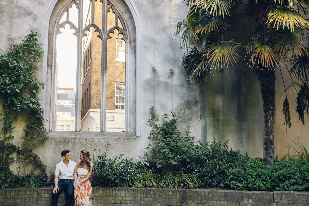 London couple shoot St Dunstan in the East