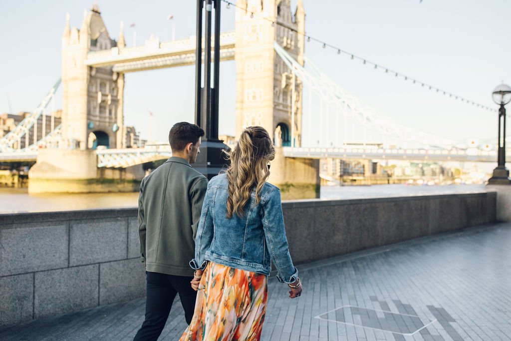 London couple shoot Tower Bridge