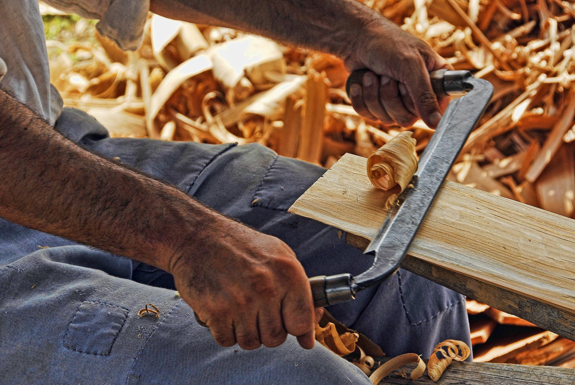 wood-working-2385634_1920.jpg