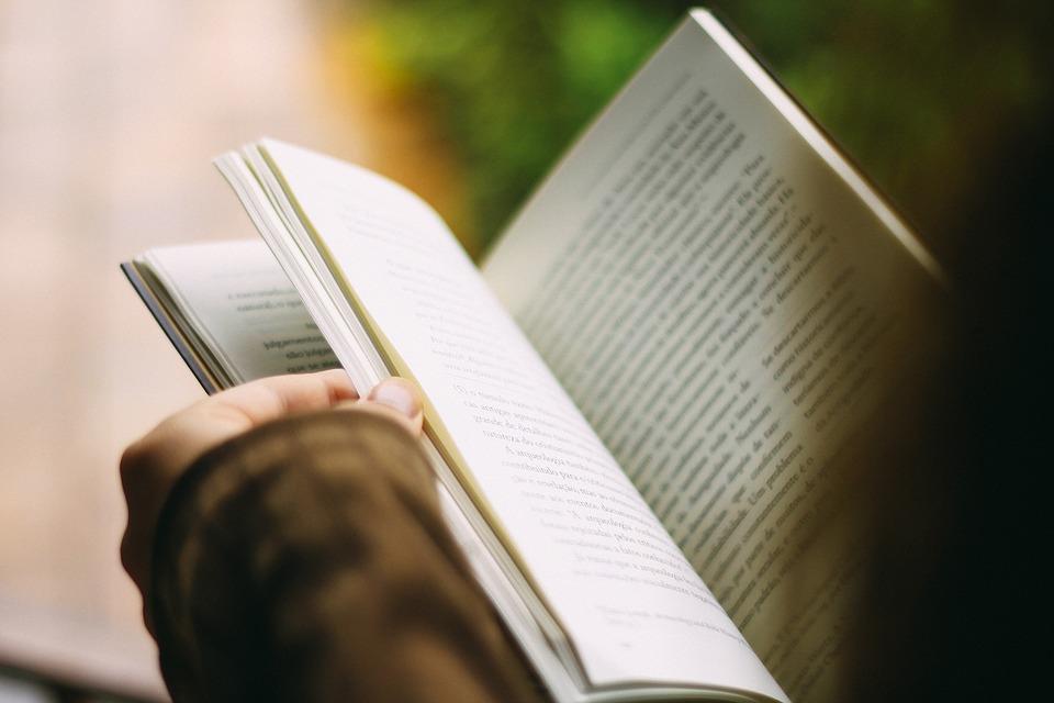 books-1149959_960_720.jpg