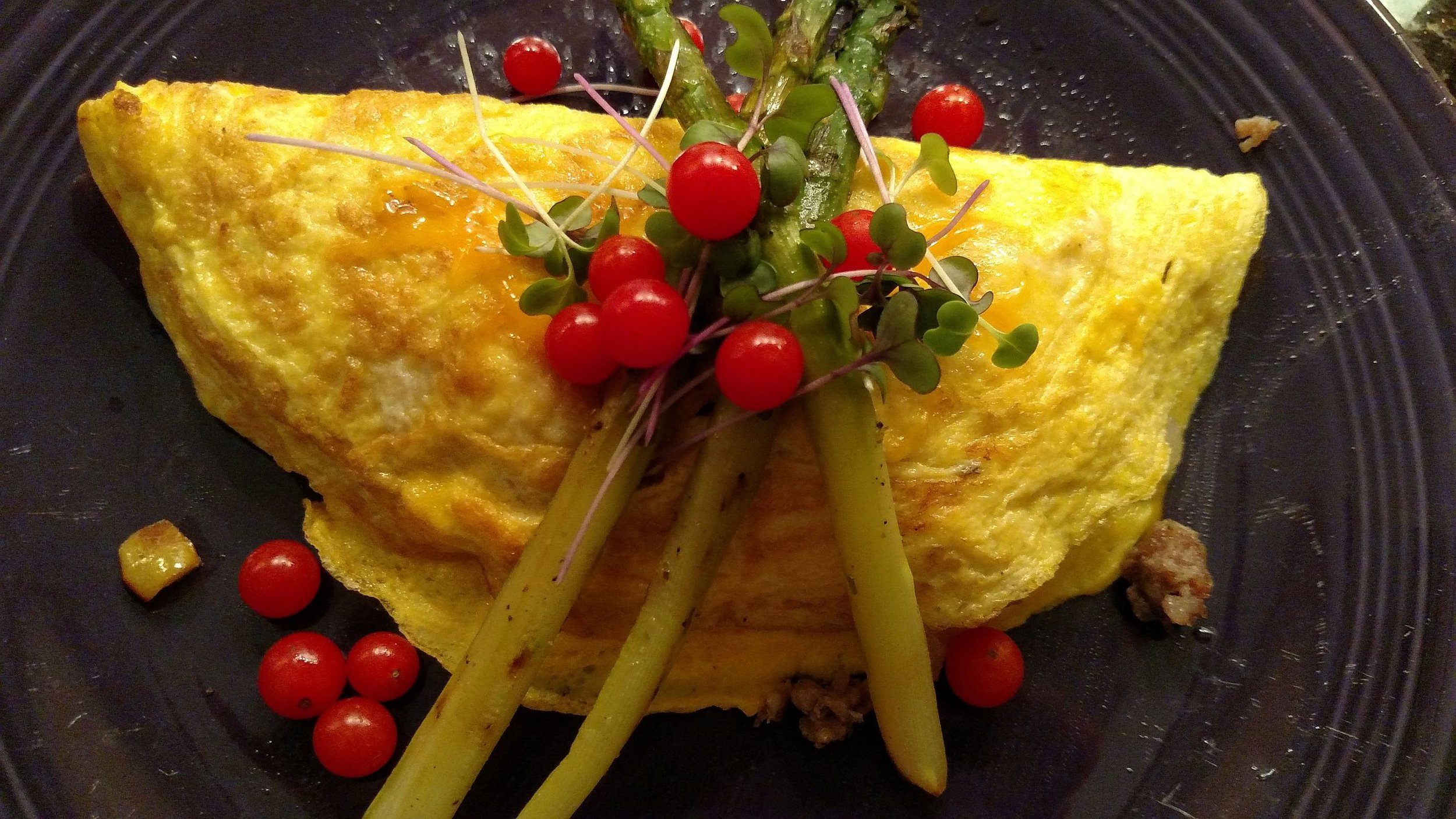 Omelet with asparagus for editing.jpg