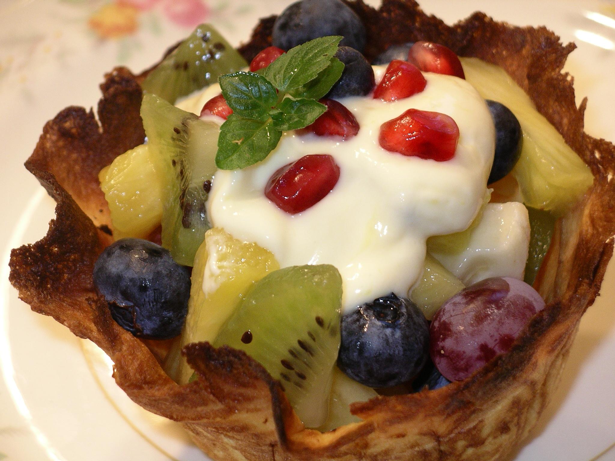 Krumkakke fruit bowl.JPG