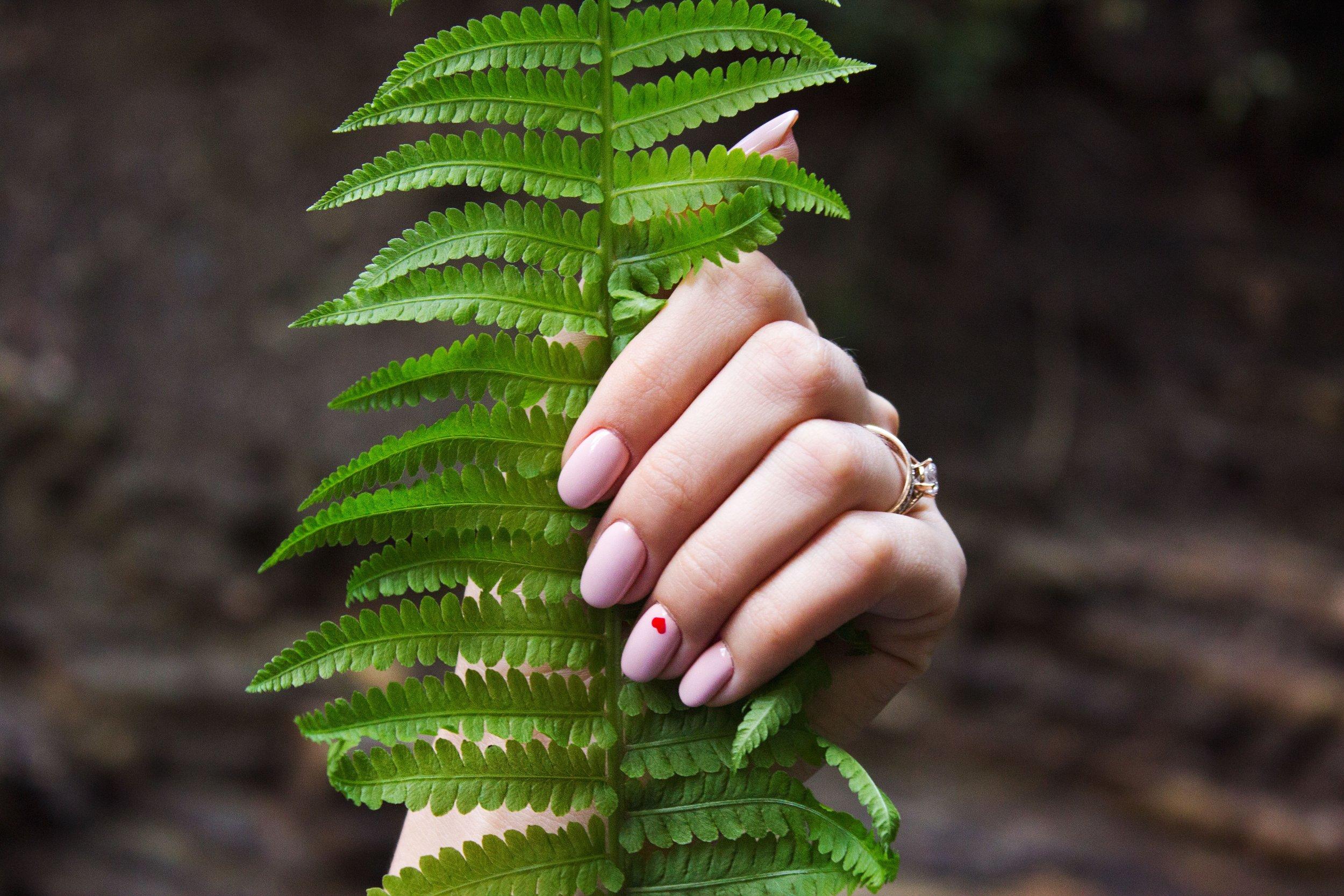 Core Essence_Barefoot Beauty