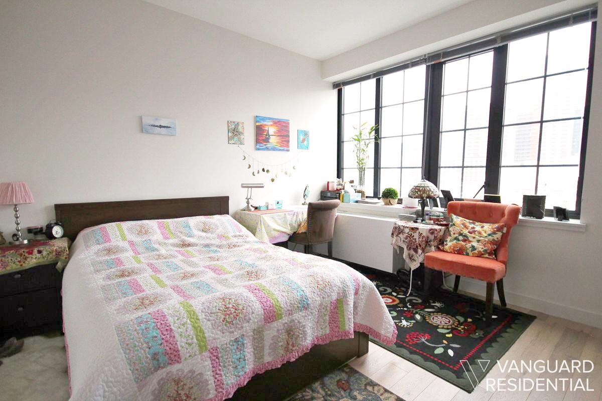 45-50-pearson-12j-bedroom.jpg