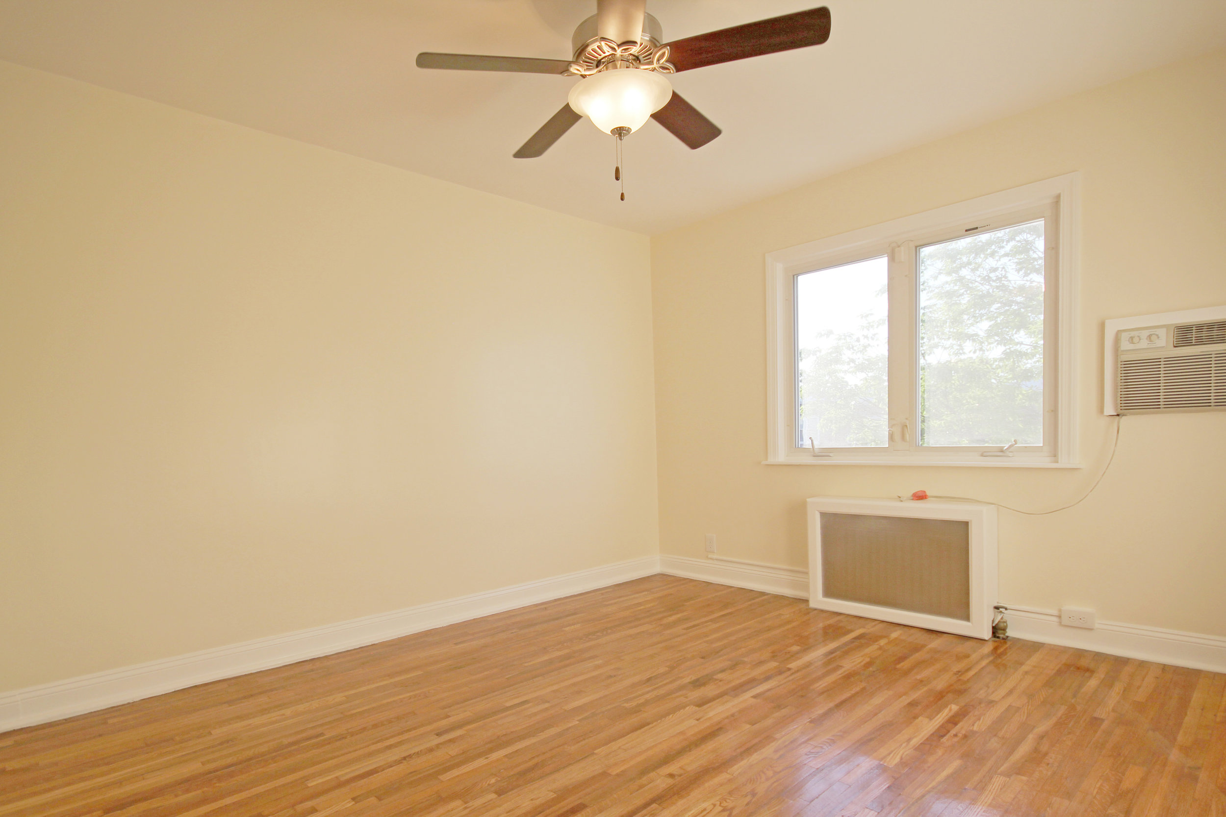 150-31 78th Avenue-bedroom3.jpg