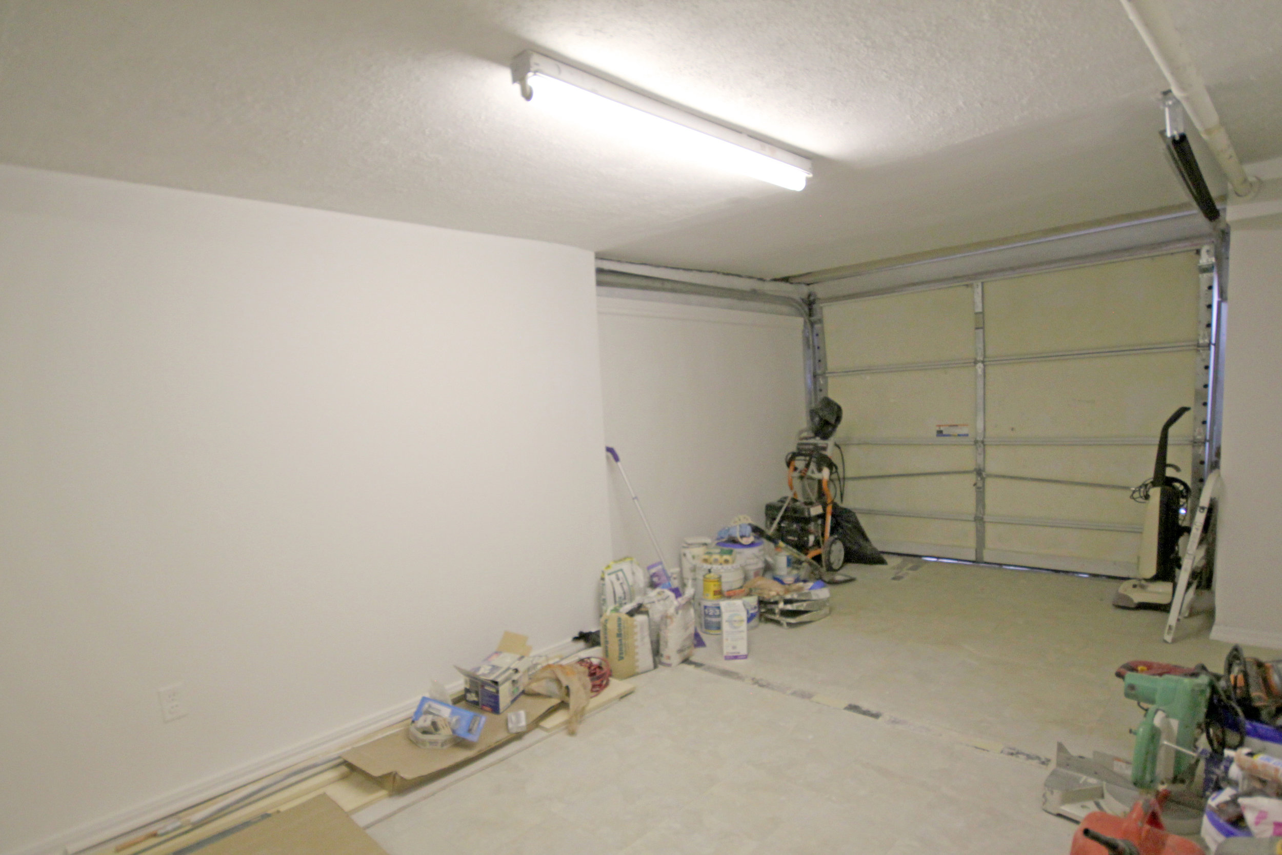 150-31 78th Avenue-garage-interior.jpg