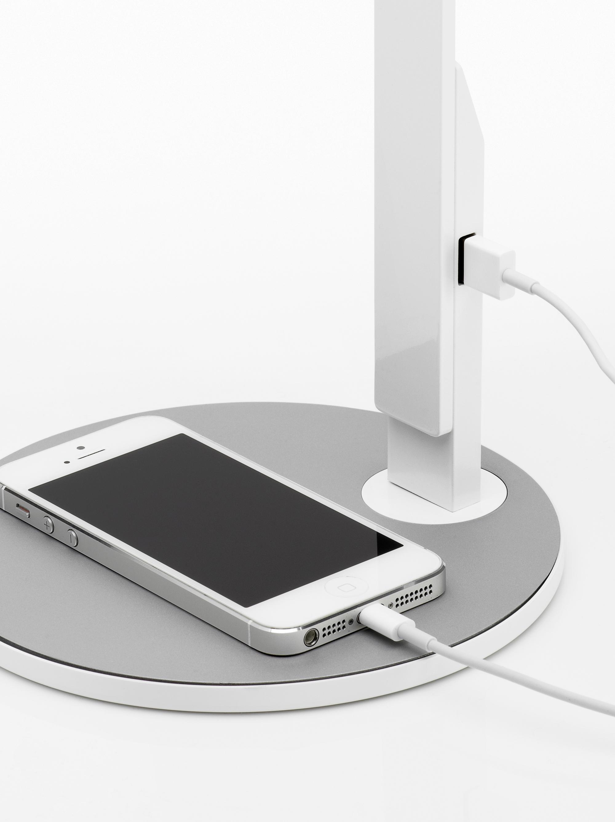 lim360_white_iphone5_crop_72_download.JPG