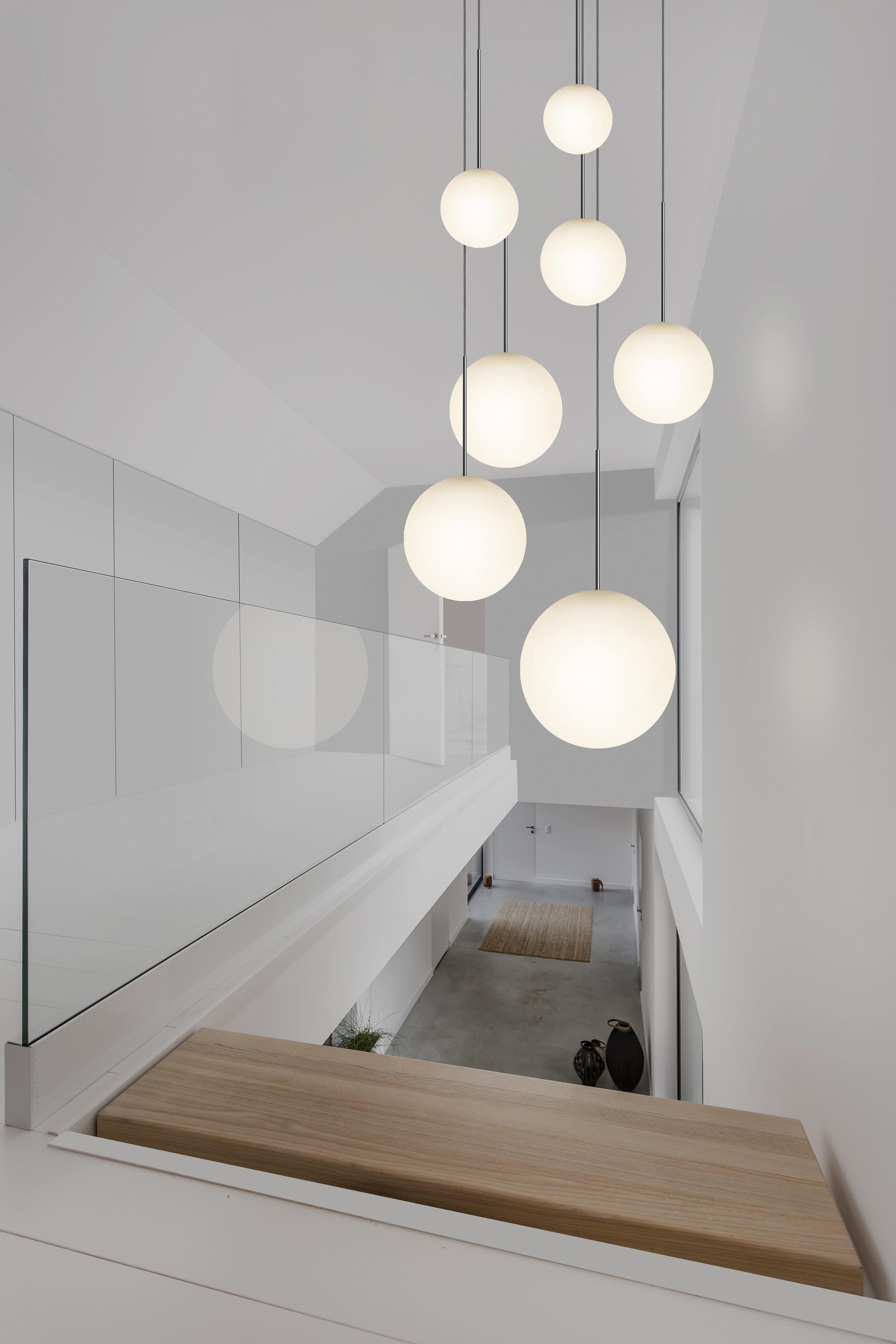 bola-pendant-chandelier-environmental-stairway-3k_download.JPG