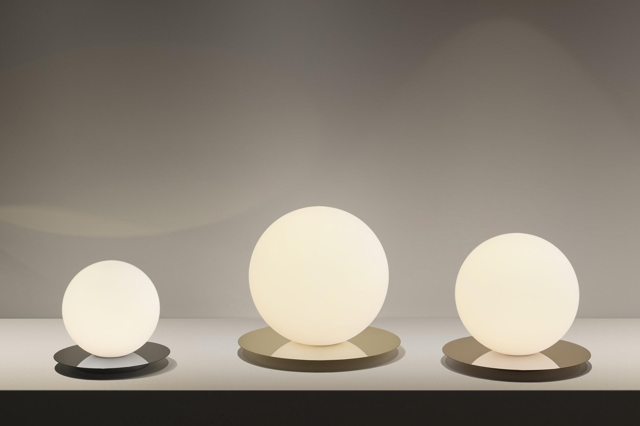 Bola Sphere Table, Evironmental, Trade Show_300.jpg