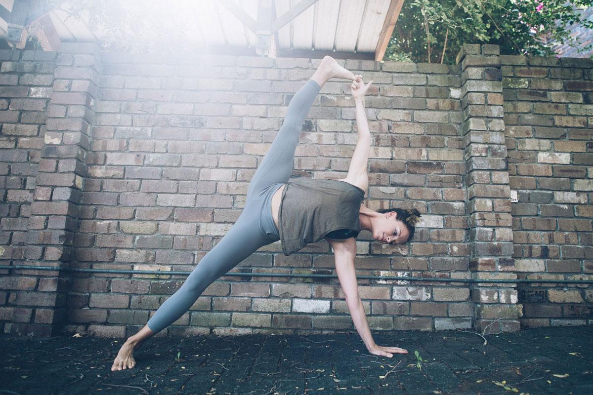 rebecca-lockyer-yoga-teacher-sydney.jpg