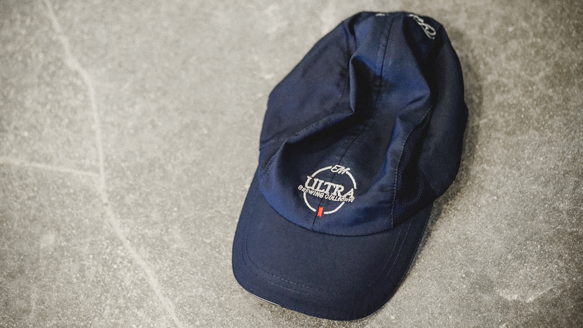 DinnerParty_Michelob_Ultra_Innovation_Space_Concrete-Hat.jpg