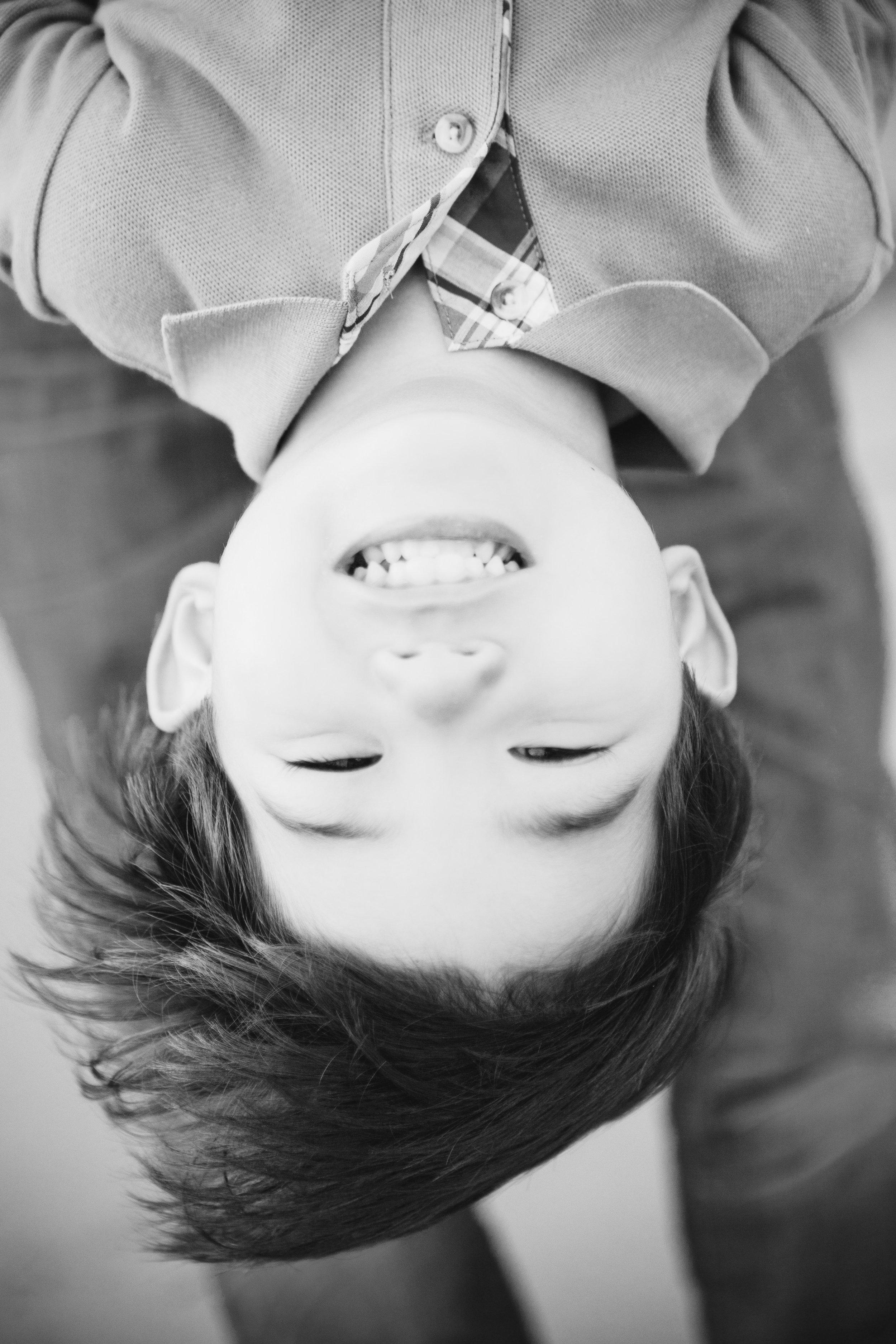 01_kids__IMG_9928_bw.jpg