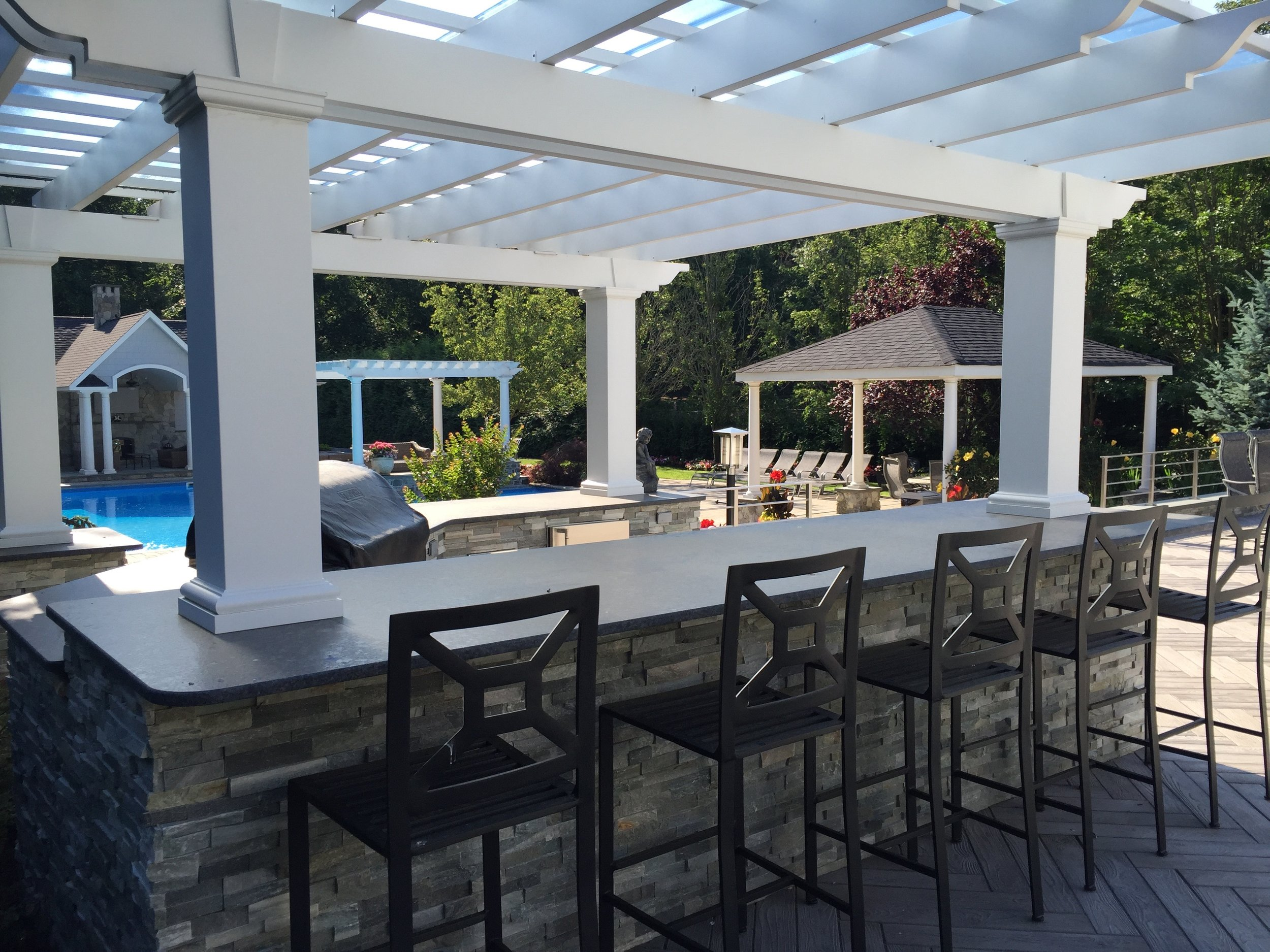 Professional outdoor kitchen pergola design company in Long Island, NY