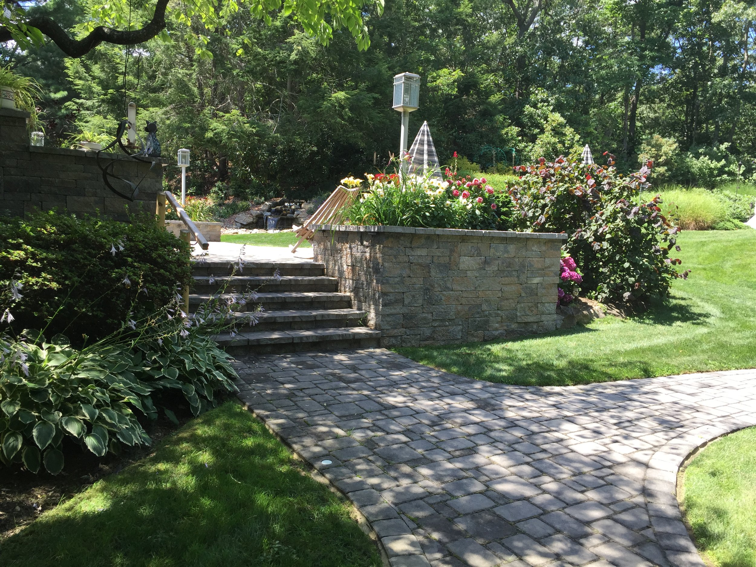 Top step planting design in Long Island, NY