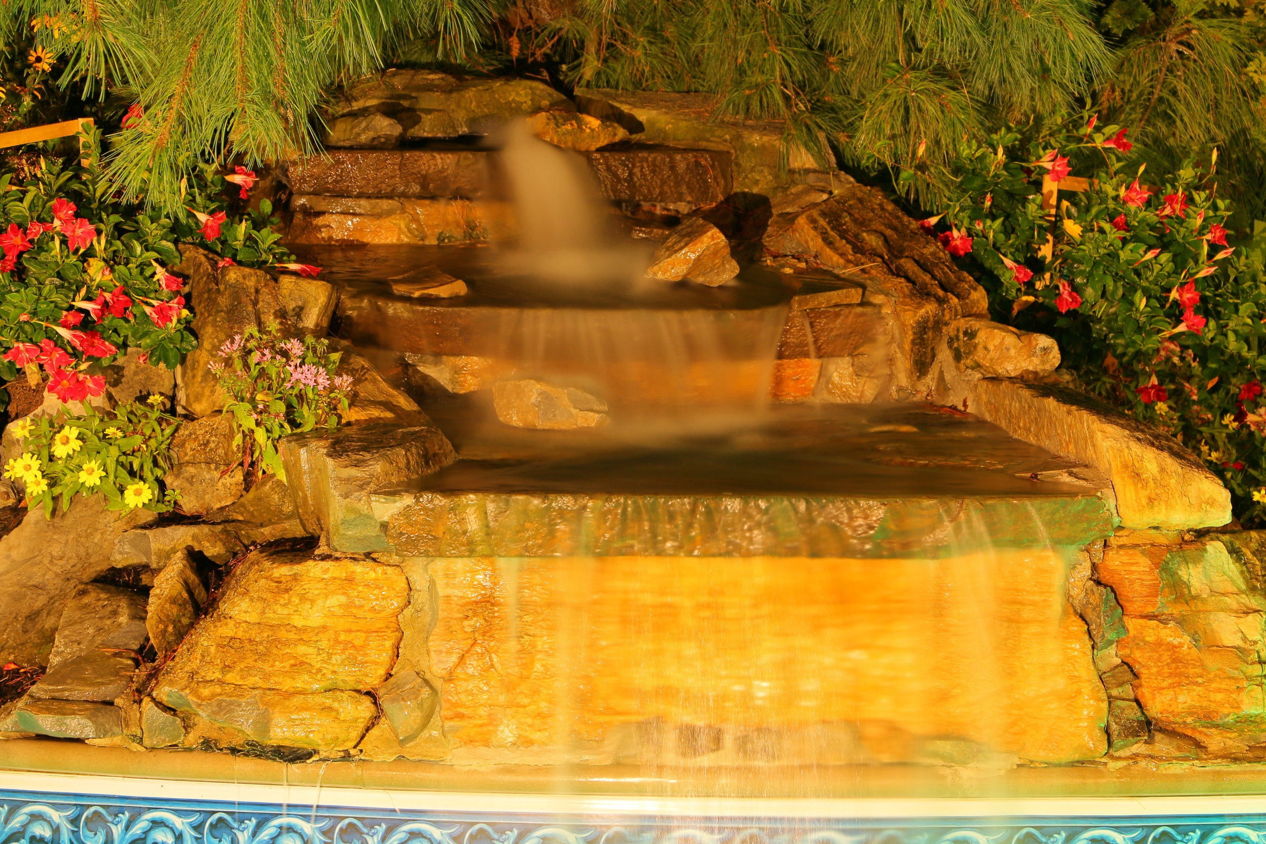 Top water fountain landscape design company in Long Island, NY