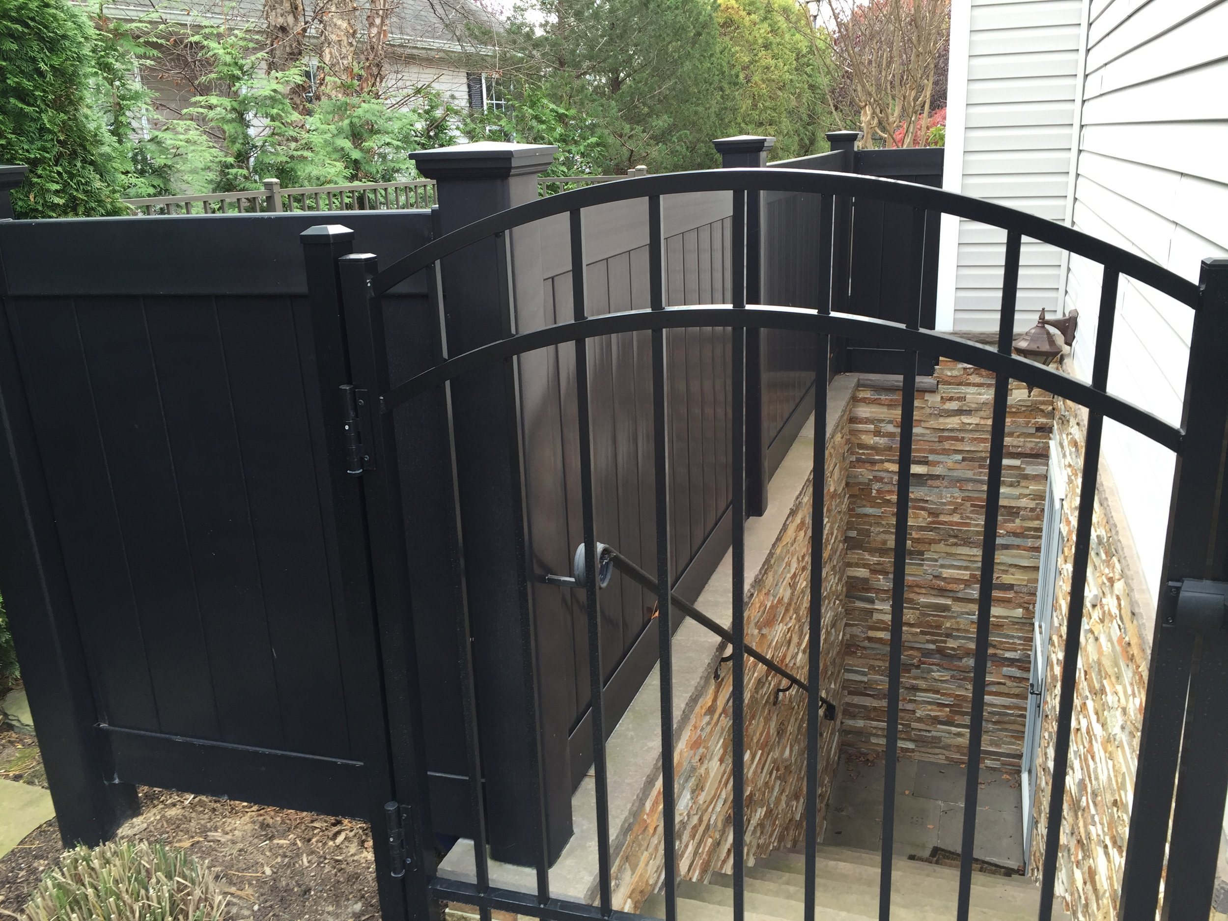 Experienced aluminum fence landscape design company in Long Island, NY