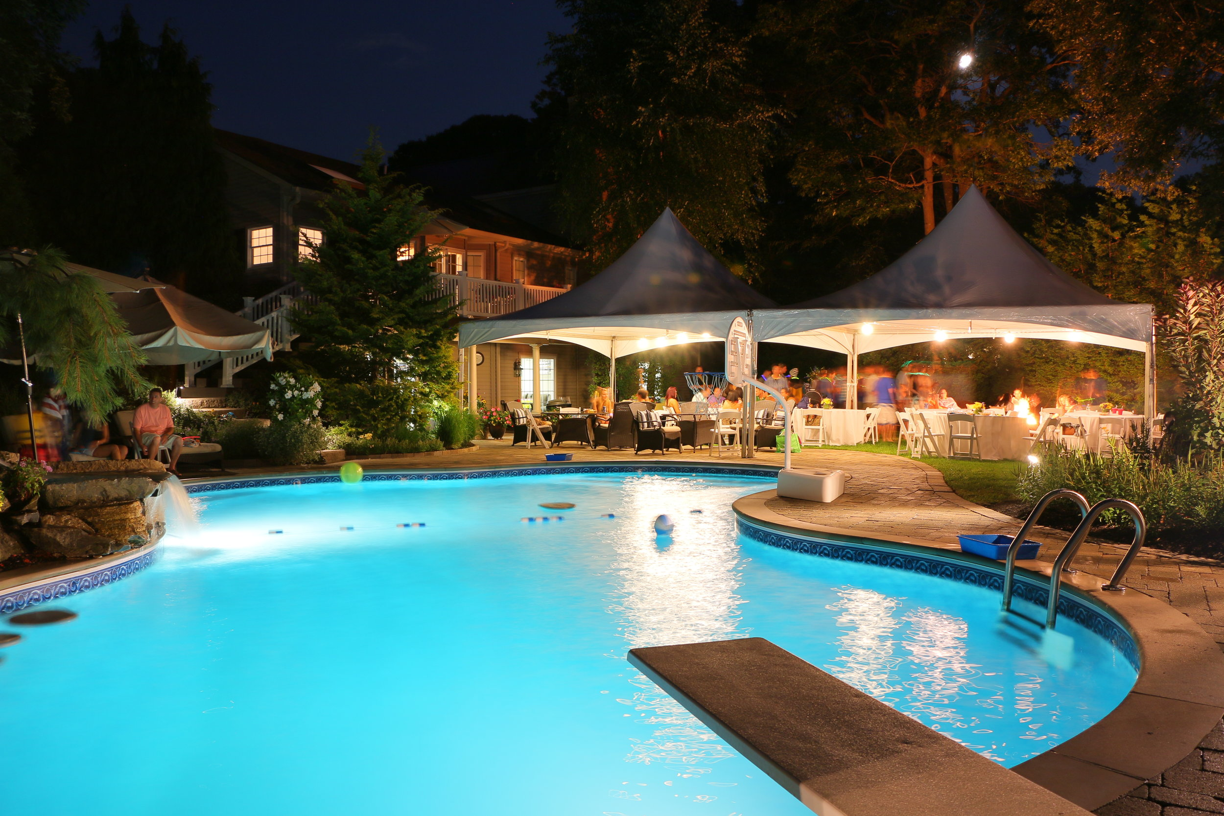 Backyard Resort    VIEW PROJECT