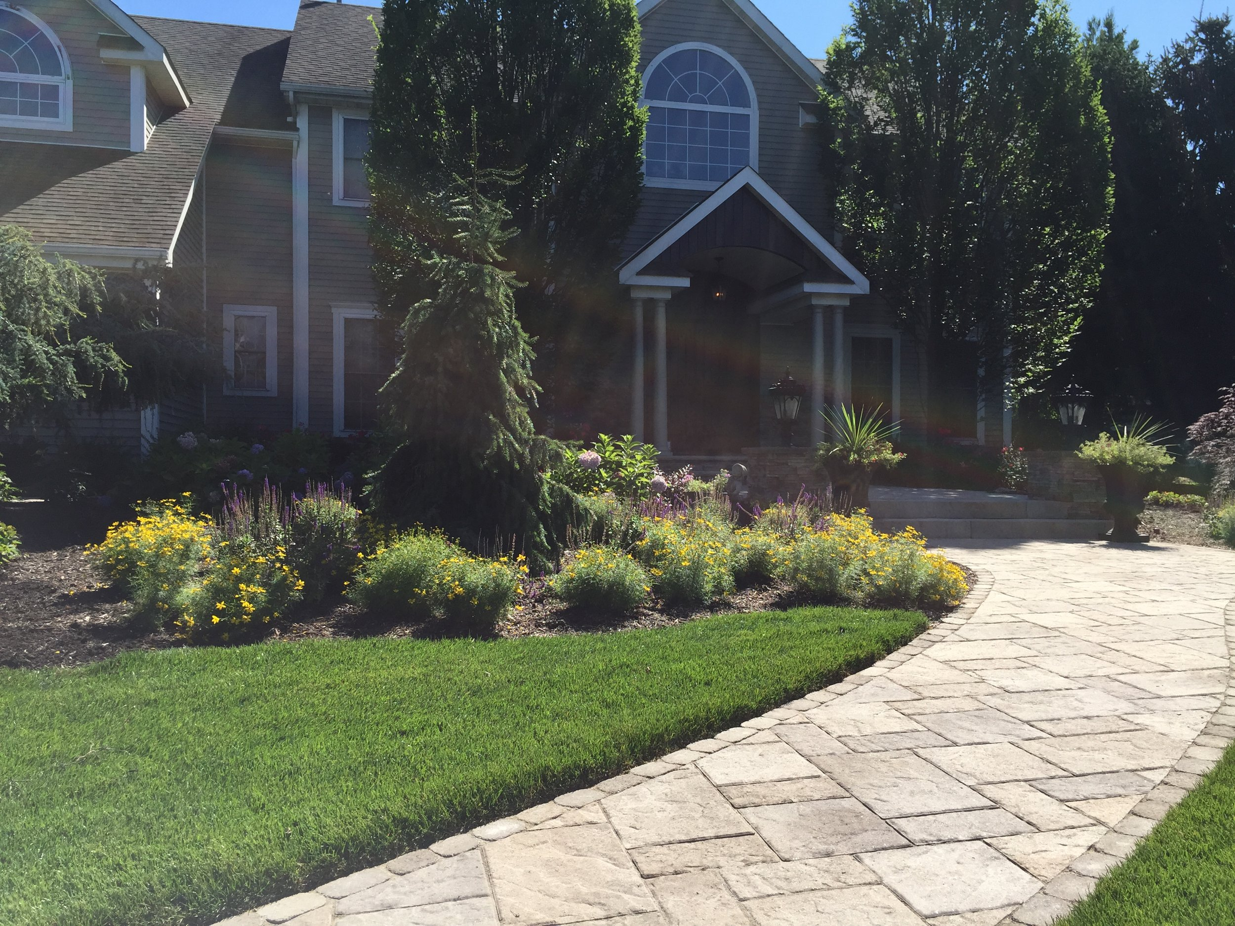 Top landscape design patio paver in Long Island, NY