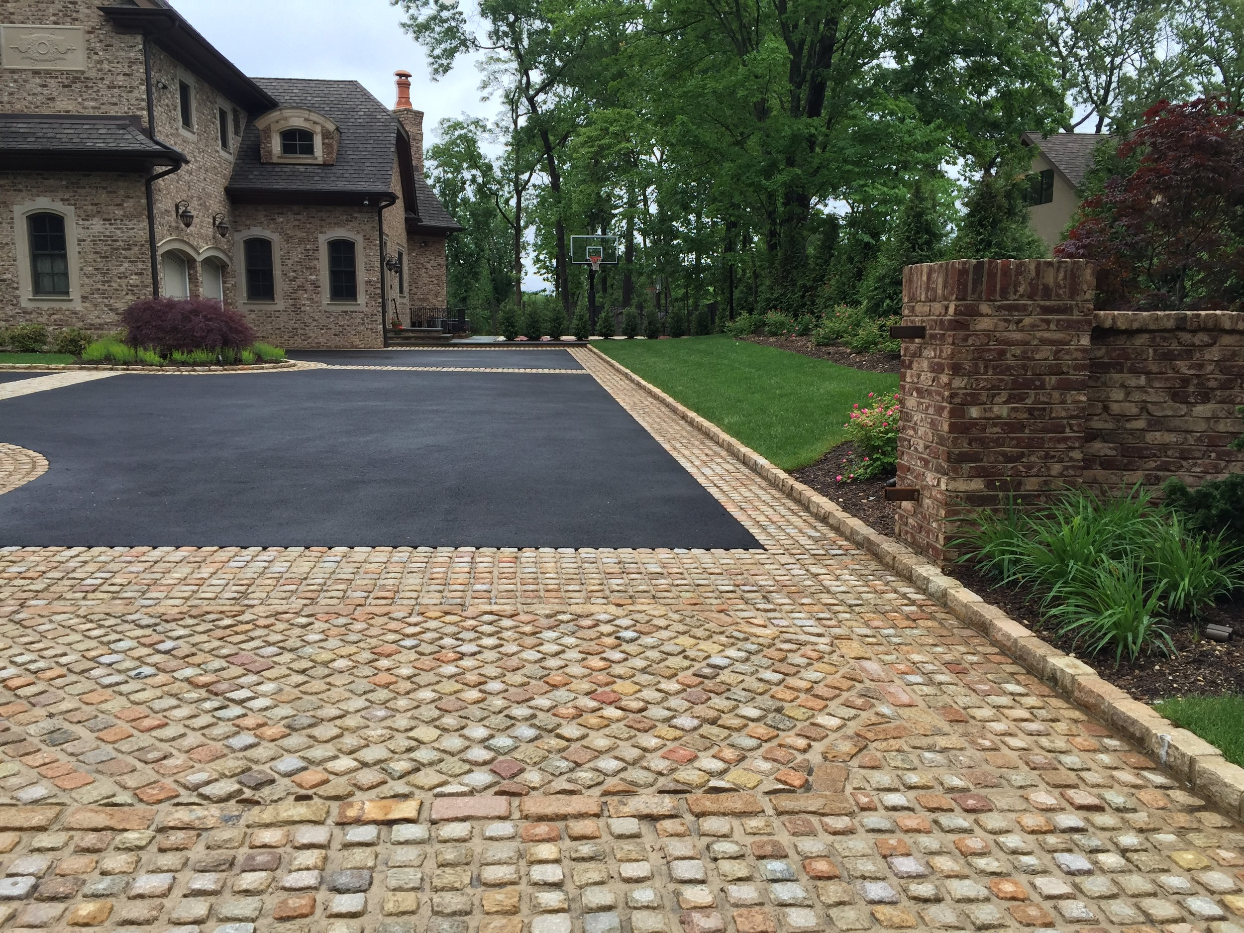 View Project Featuring Masonry:    Classic Entry    VIEW PROJECT