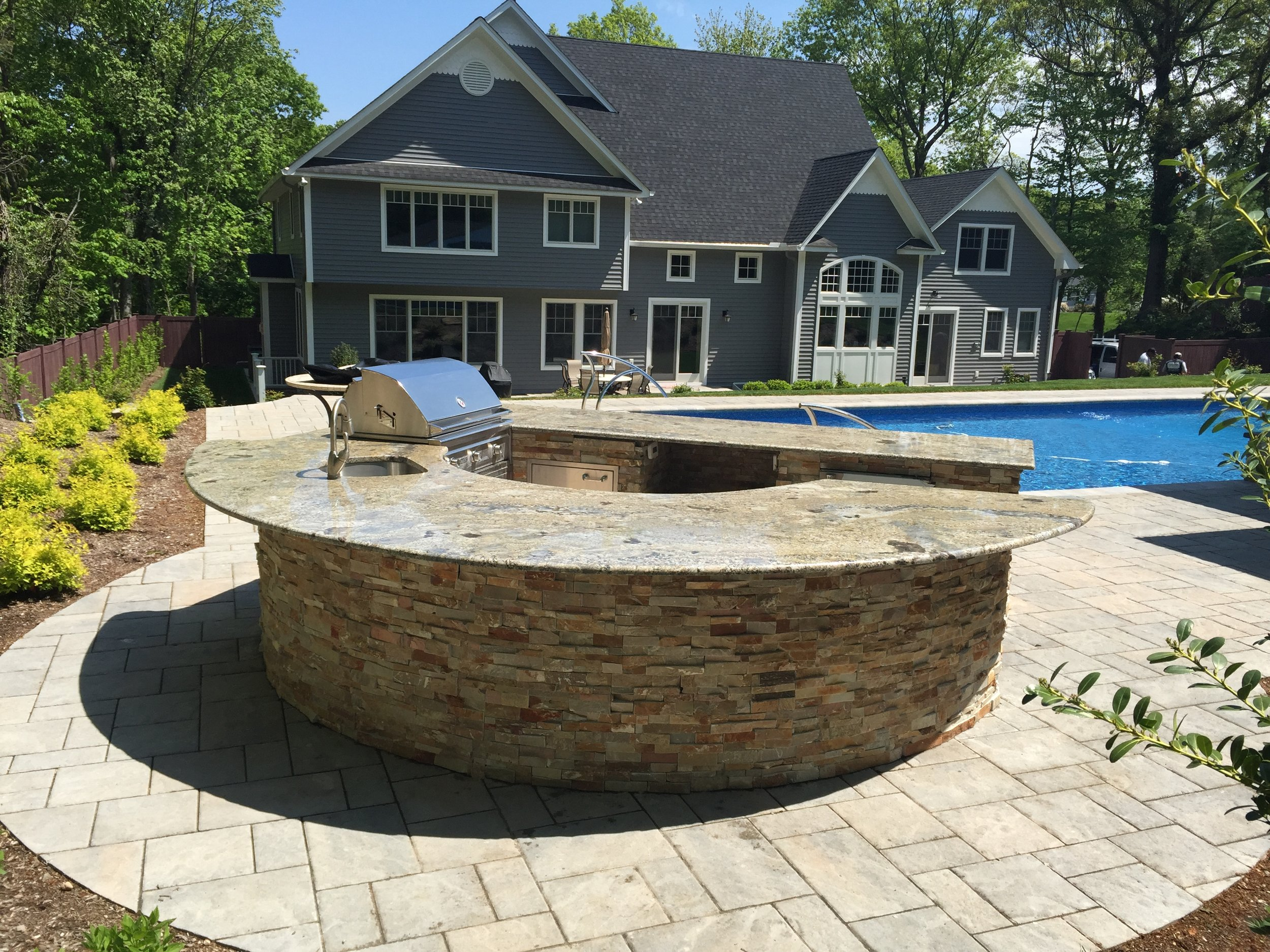 Professional outdoor kitchen landscapedesign company in Long Island, NY
