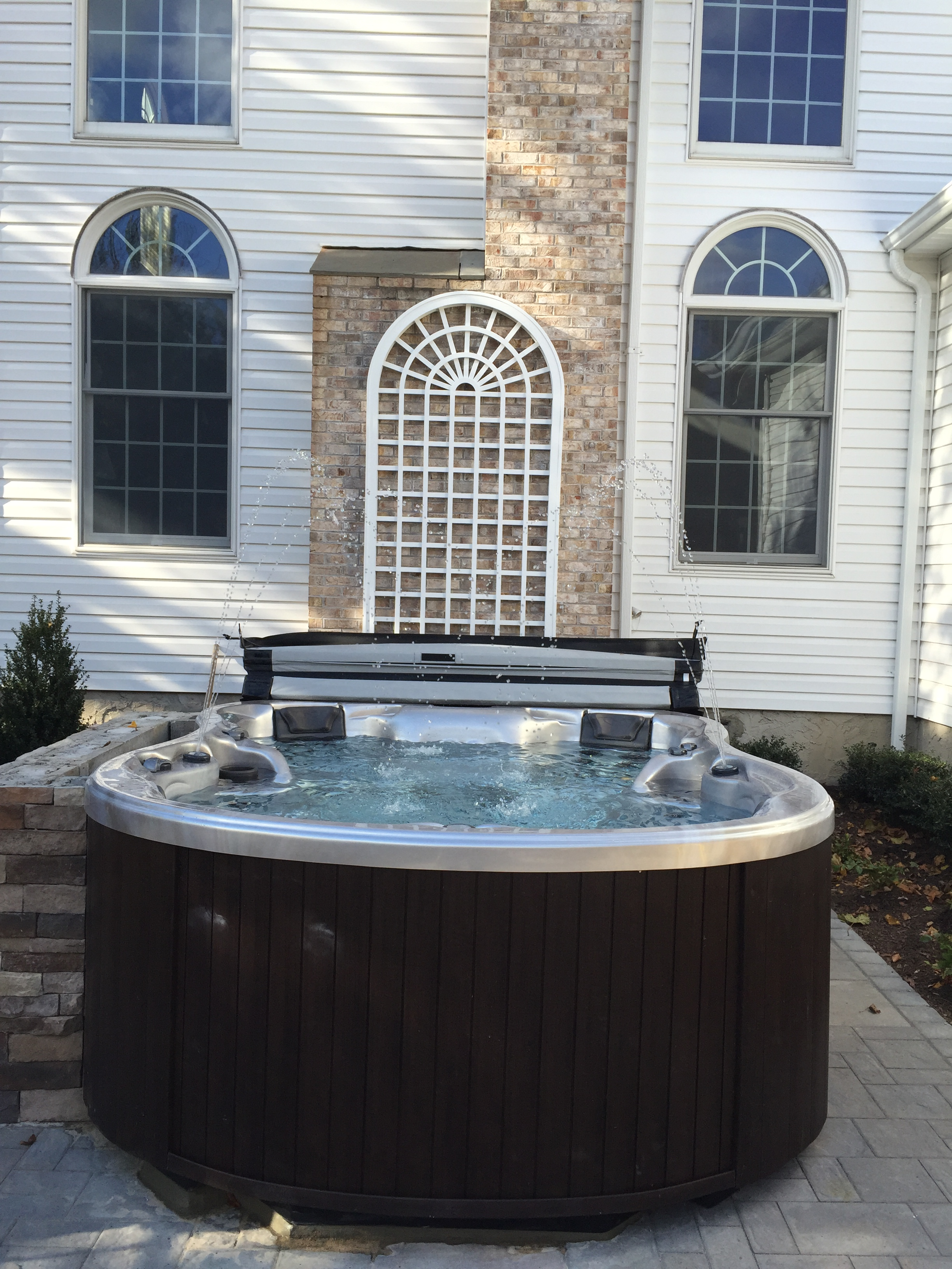 Top landscape design with cedar fence in Long Island, NY