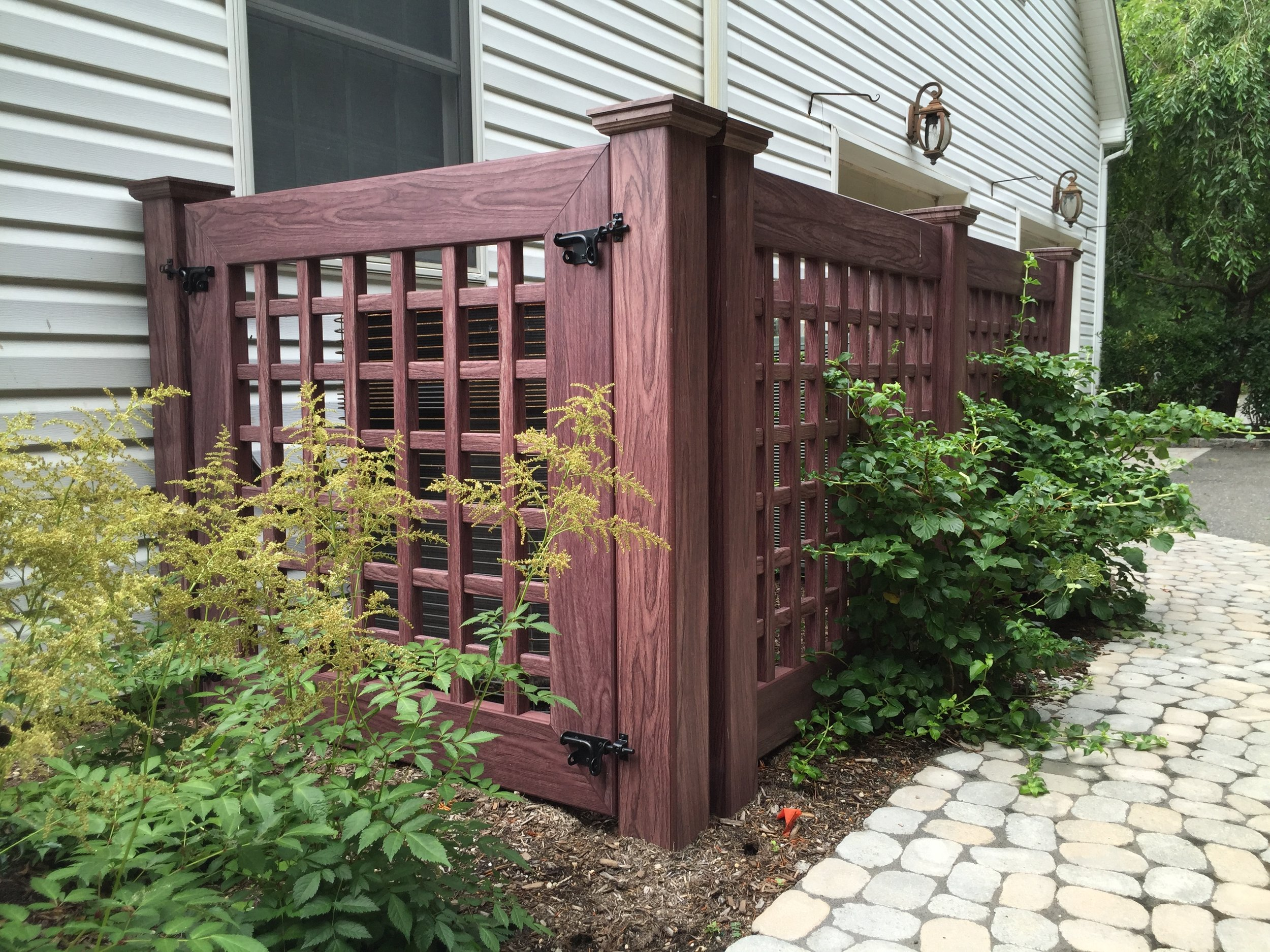 Top landscape design with vinyl fences in Long Island, NY