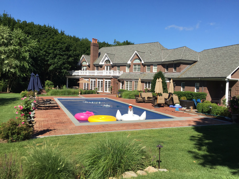Deciding on the Right Swimming Pool Design for your Old Westbury NY Home