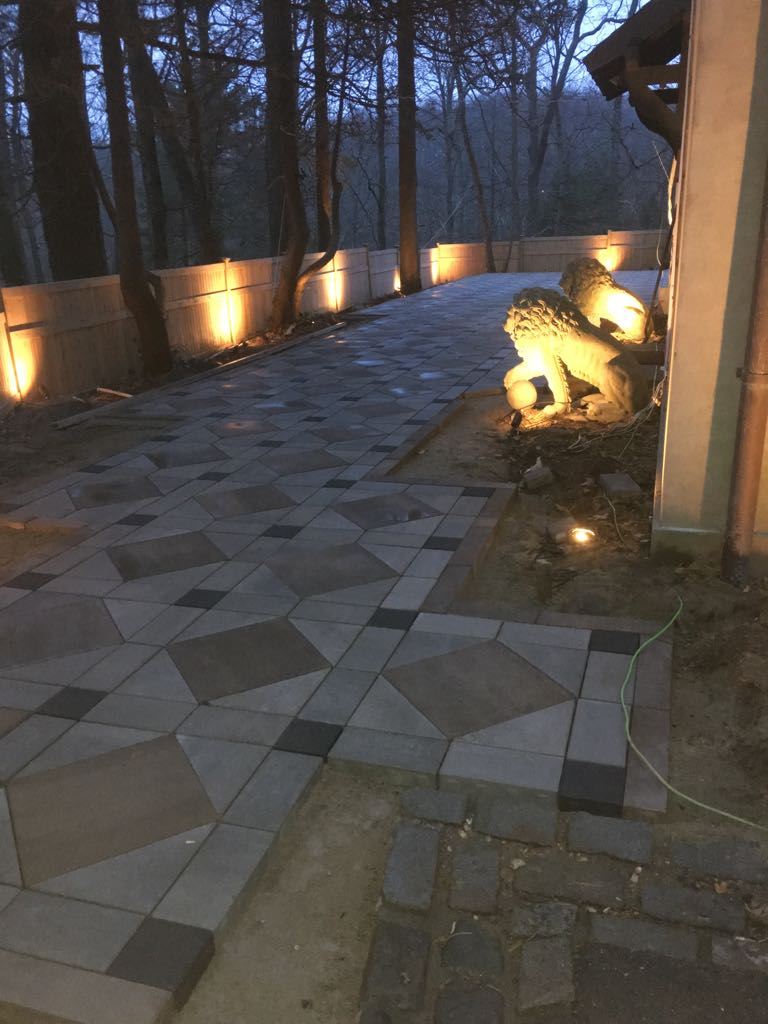 Patio With Outdoor Lighting In Northport Ny