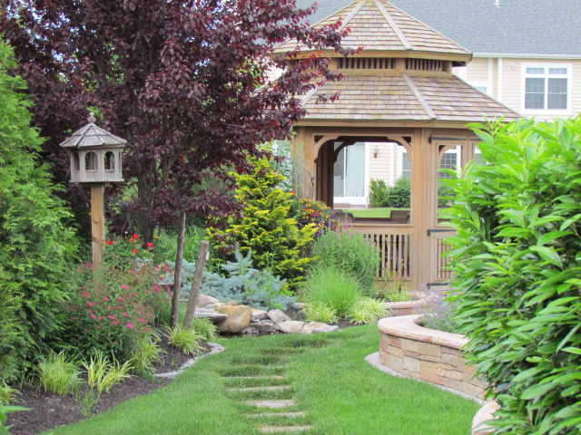 5 Landscape Architecture Ideas for Creating Private Outdoor Living Spaces in Long Island, NY