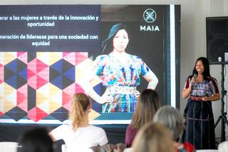 Lidia Oxí participó como ponente en el evento NOSOTRAS