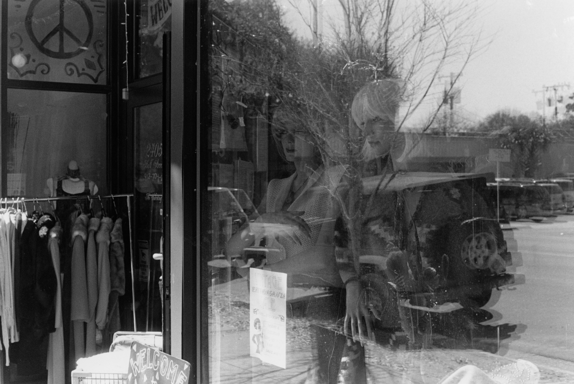 Penelope_Stone-Window_Shopping-5.jpg