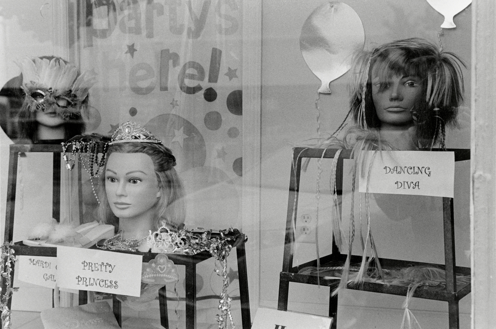 Penelope_Stone-Window_Shopping-13.jpg