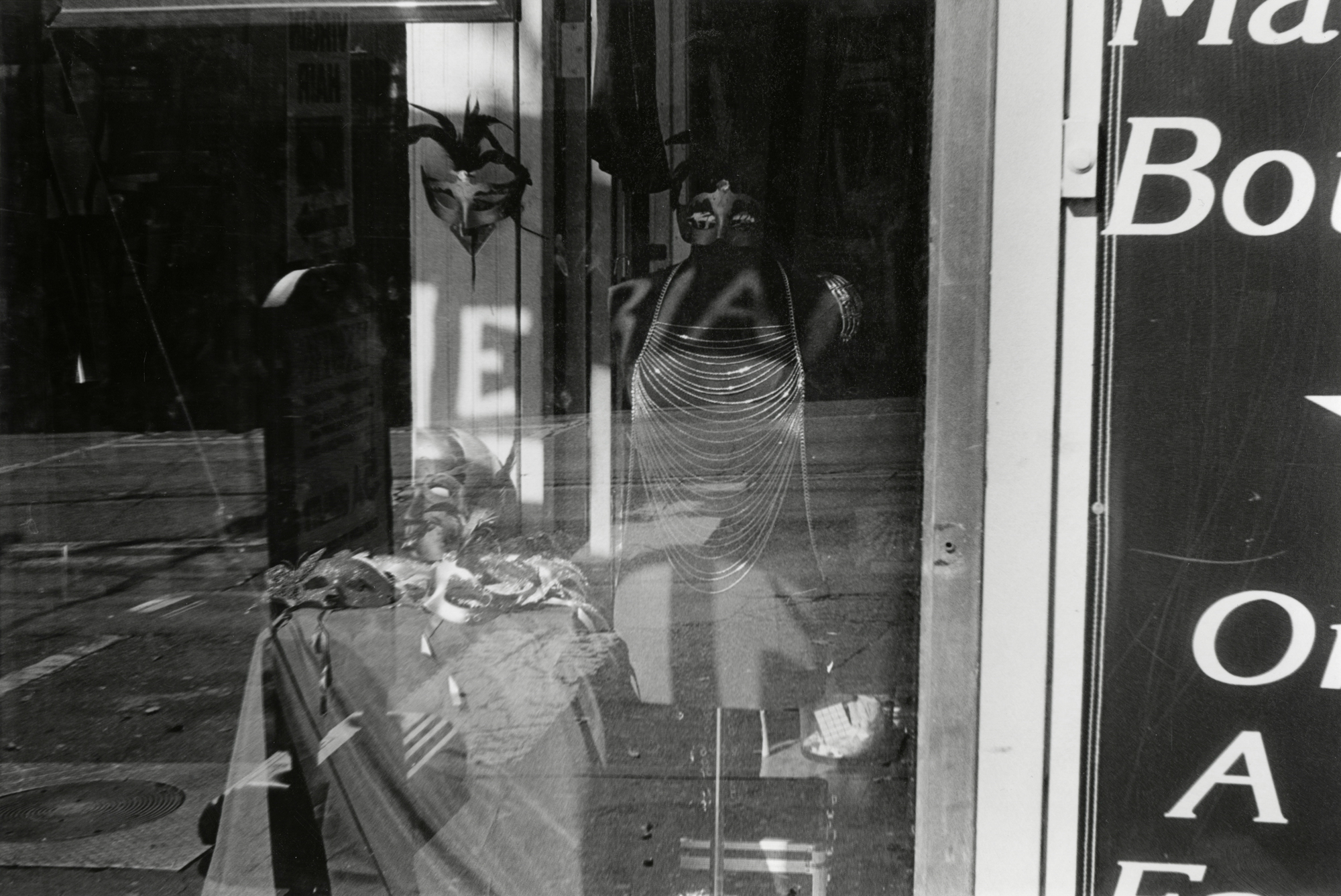 Penelope_Stone-Window_Shopping-20.jpg