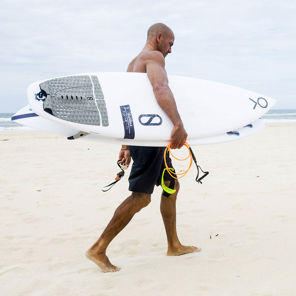 11-time world champion surfer Kelly Slater (the greatest surfer of all time)has been exclusively using BLOOM® foam in his surfboard traction for the past three years