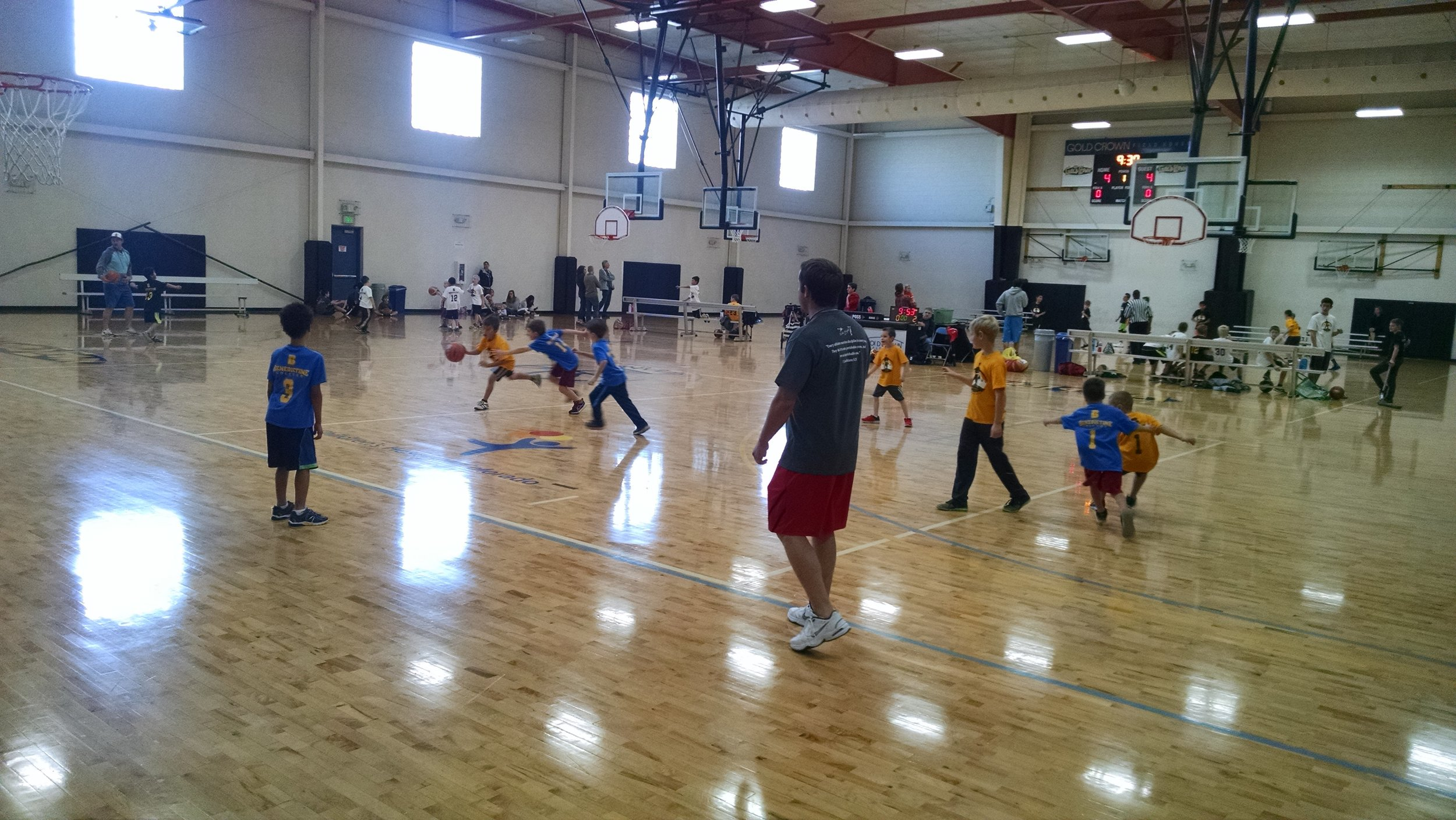 Homeschool Clinics - We offer a wide variety of homeschool clinics throughout the fall, winter, and spring. Scheduled weekly in the early afternoon for six weeks, these clinics take place at various locations. If interested in starting one near you, email coachmikita@frassatisports.org.