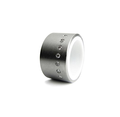 inox.diamonds.corian.jpg