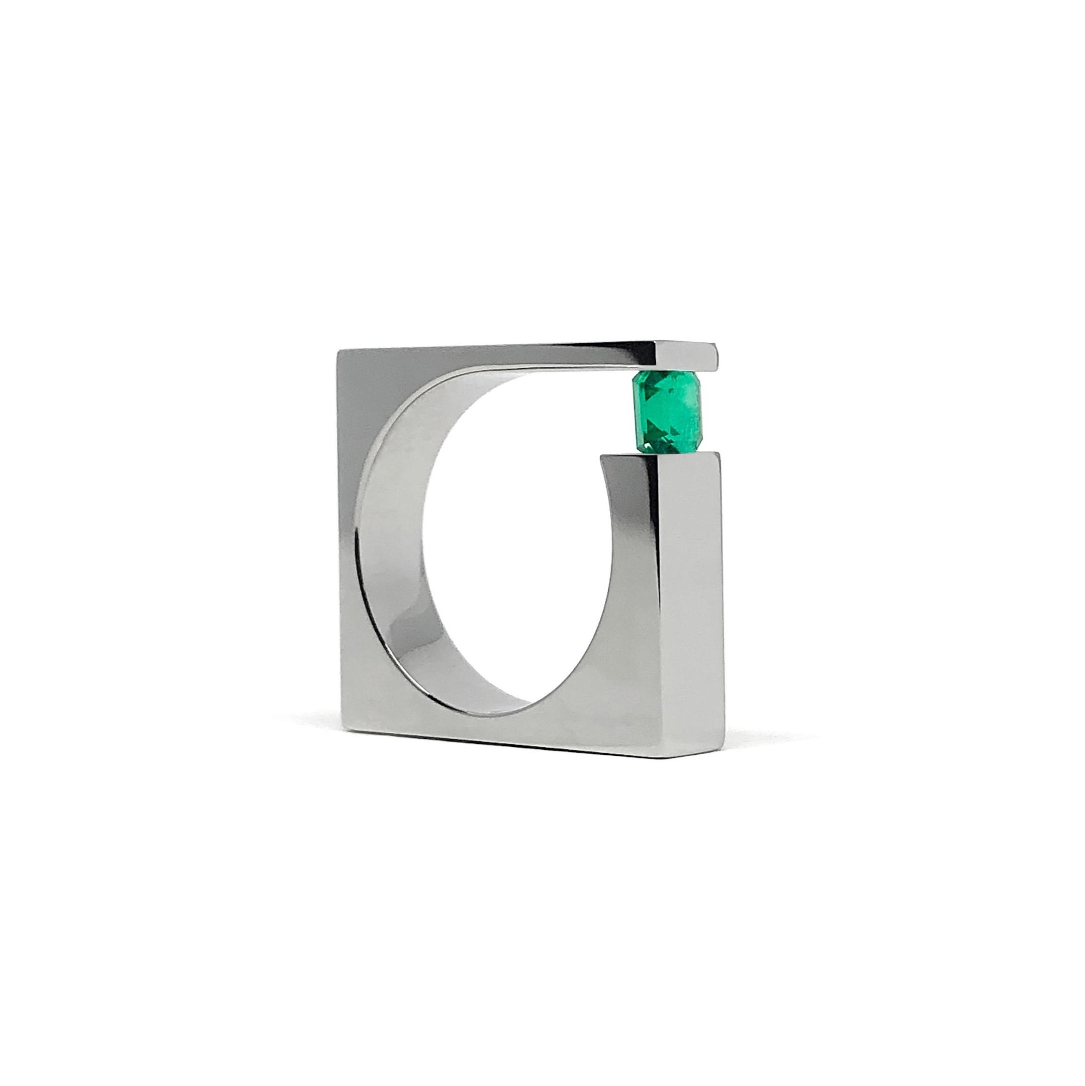 inox.32ct emerald.jpg
