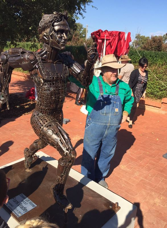 Andrew Whitehead with his sculpture of Frank Bradley.JPG