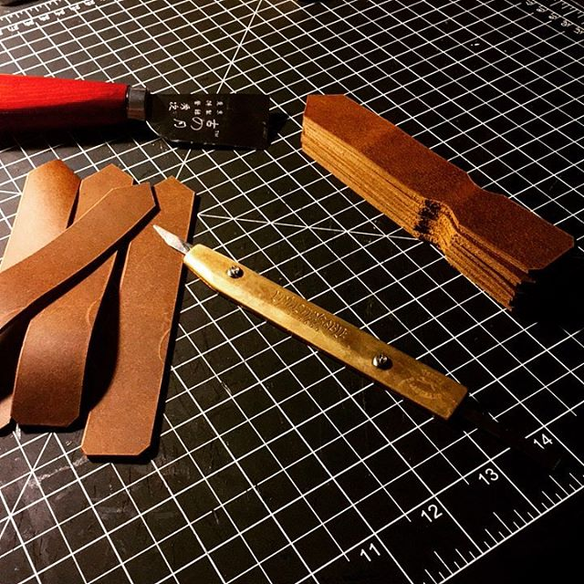 First post in a loooong time, working on building stock of keychains for my first market day in December. I've got a long time to work but much to build! Very excited for new adventures ahead!  #leather #leatherwork #leathercraft #leathergoods #lawrence #handmade #workshop