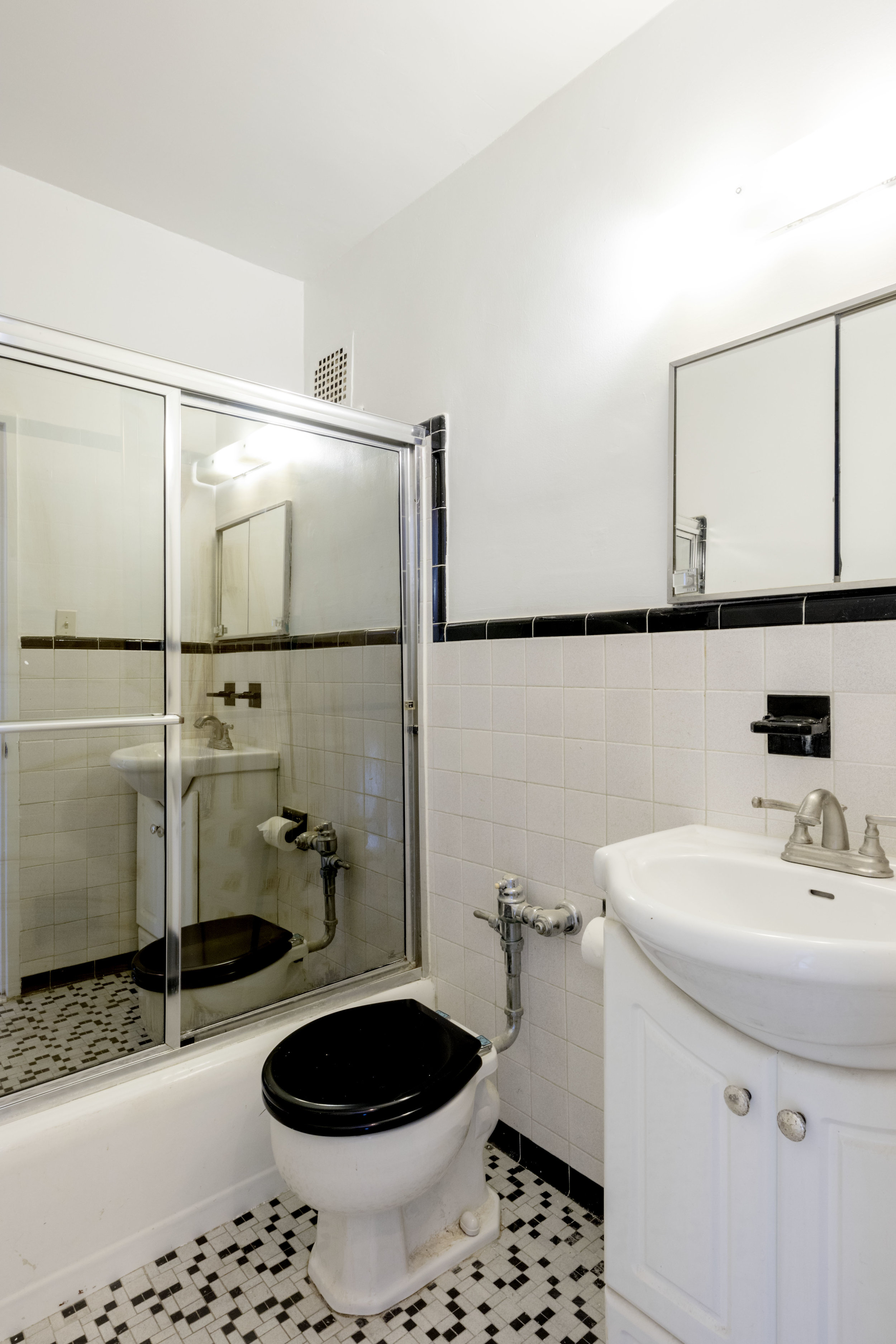 11K bathroom