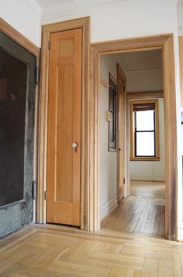 Hallway 2 w/closet